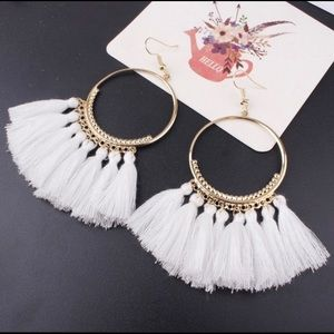 Jewelry - White Boho Tassel Earnings NWT